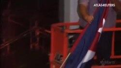 La bandera de Cuba ya ondea en el Departamento de Estado norteamericano